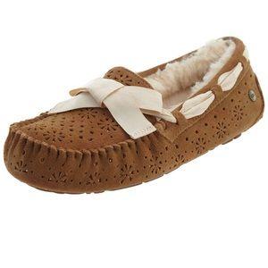 Women's Ugg Dakota Sunshine Chestnut Slippers